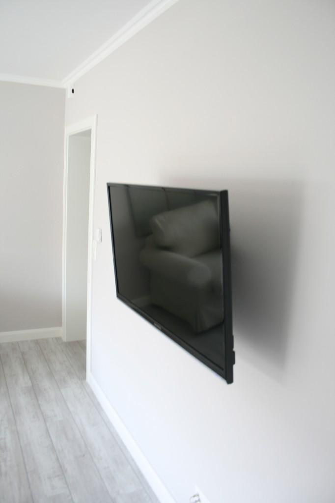 Flachbild-TV